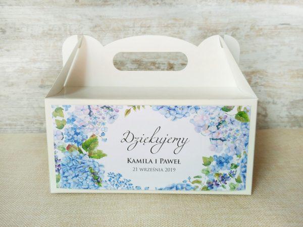 Pudełka na ciasto weselne białe – niebieska hortensja