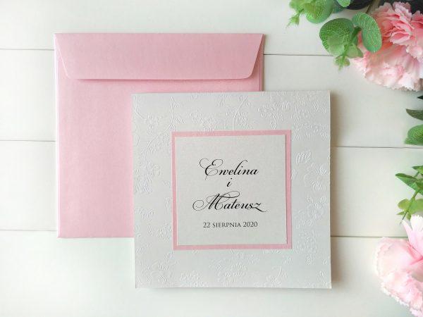Zaproszenia wytłaczane kwiaty perłowe z różem