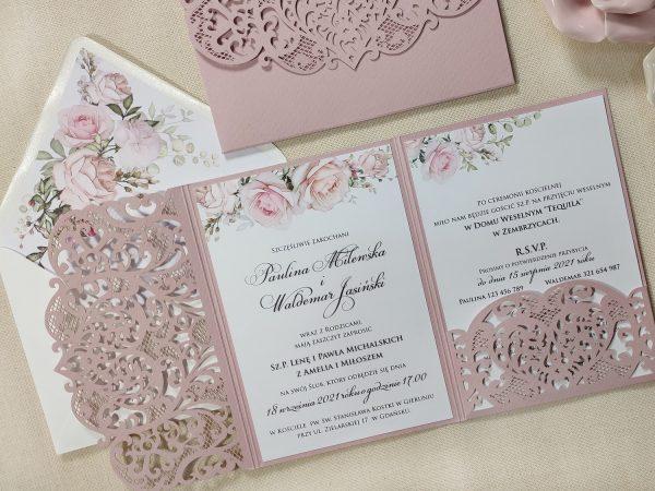 Zaproszenia ślubne ażurowy folder z kwiatami
