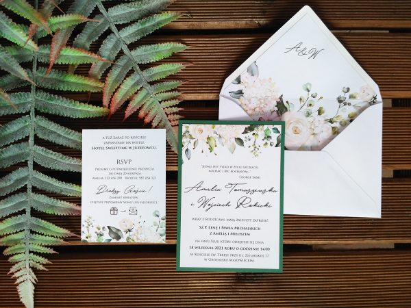 Zaproszenia białe róże z podklejaną kopertą